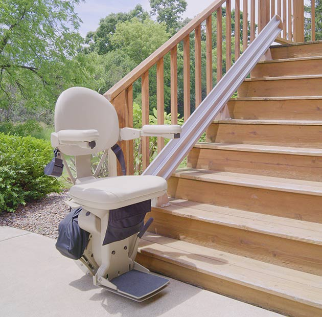 Lloyd Kraus Bruno Elite Outdoor SRE2110 outside exterior stairlift chair liftchair glide
